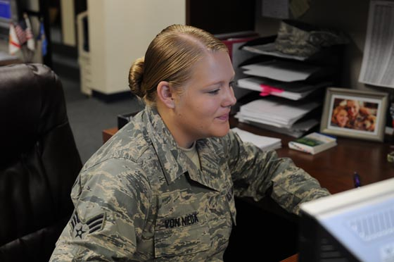 Senior Airman Kaleigh Von Nieda works in finance on Sep 16, 2014 at the 125th Fighter Wing, Jacksonville Fla. (Photo by Airman Nitza Muniz)
